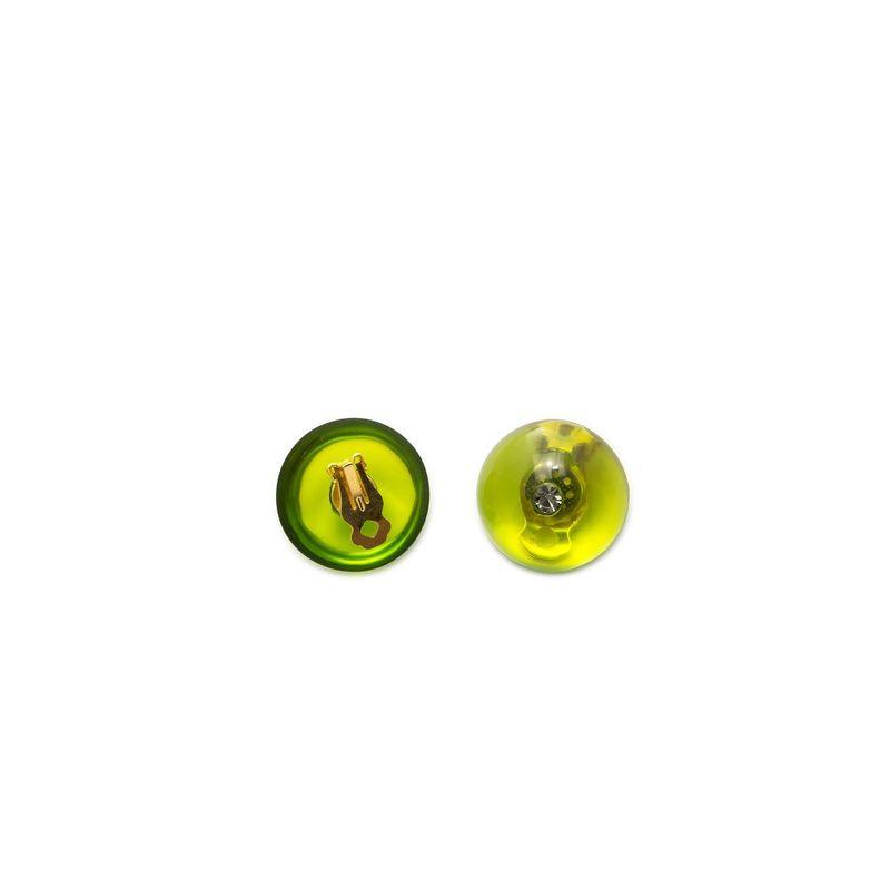 brinco-bola-resina-verde